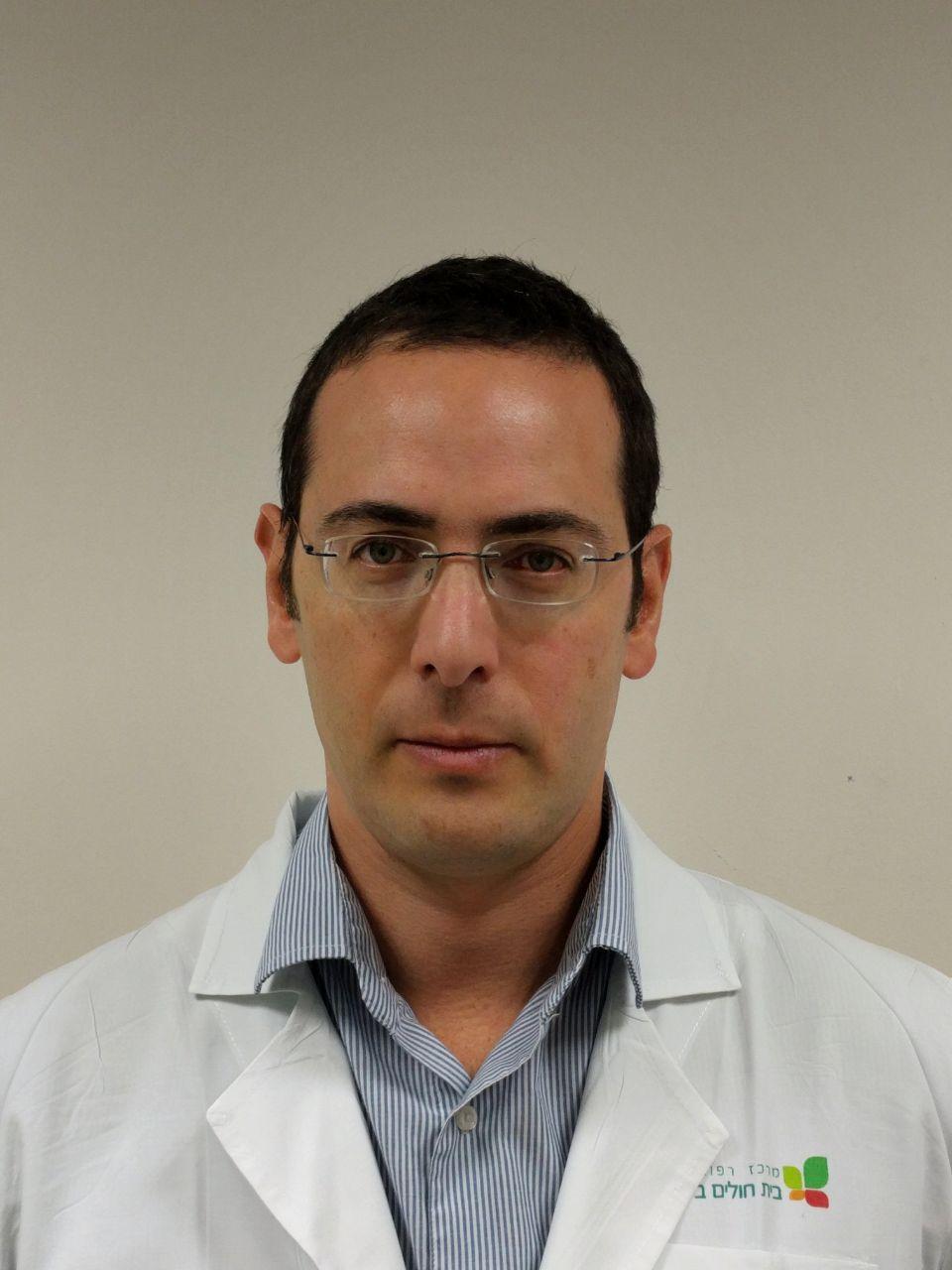 """ד""""ר יואב נחום מומחה במחלות עיניים"""