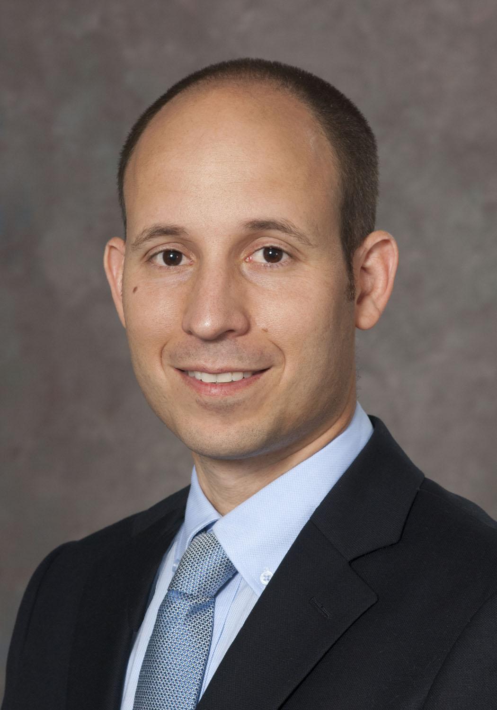פרופ. אלעד מויסייב מומחה במחלות עיניים