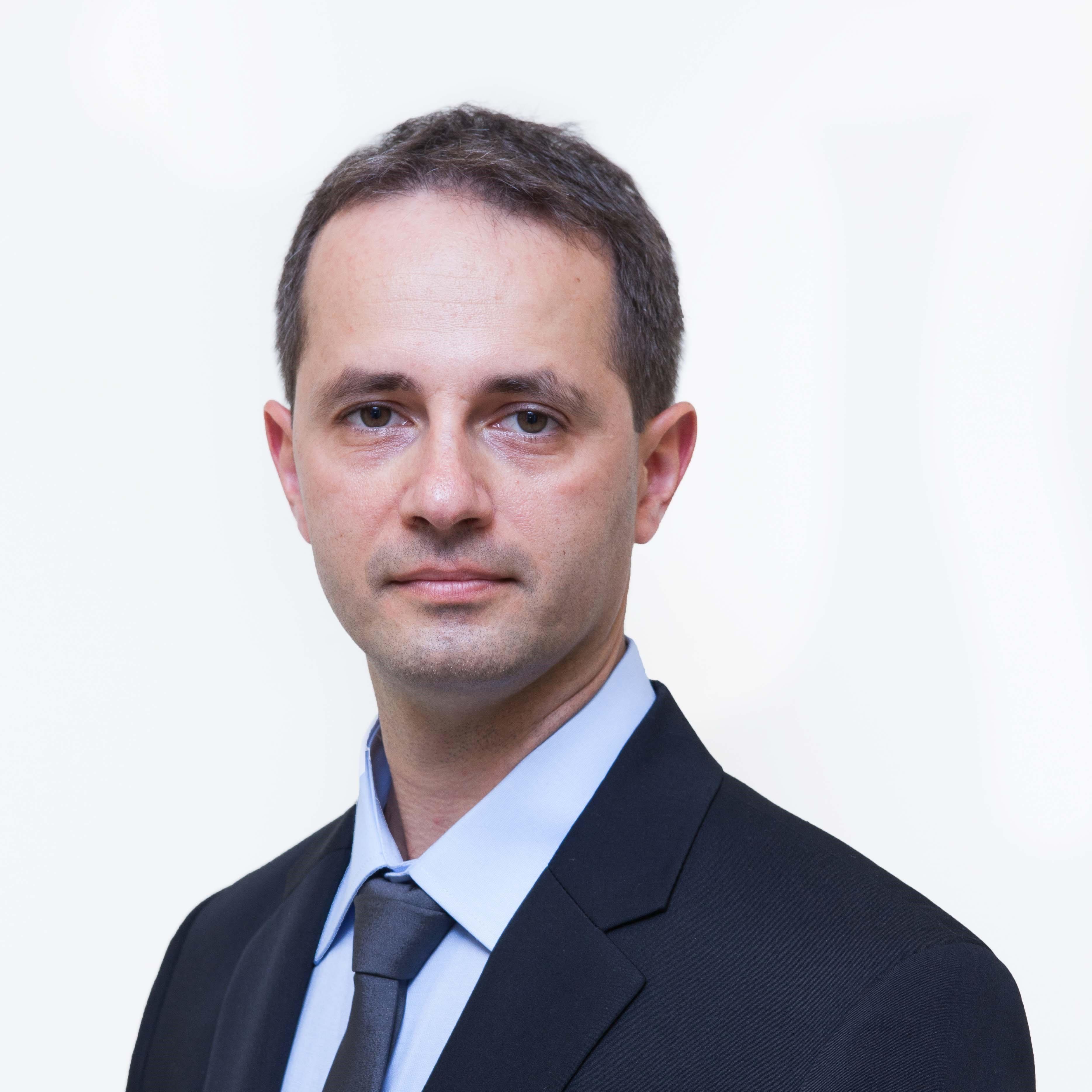 """ד""""ר סרג'יו-דוד סוצ'אה מומחה במחלות עיניים"""