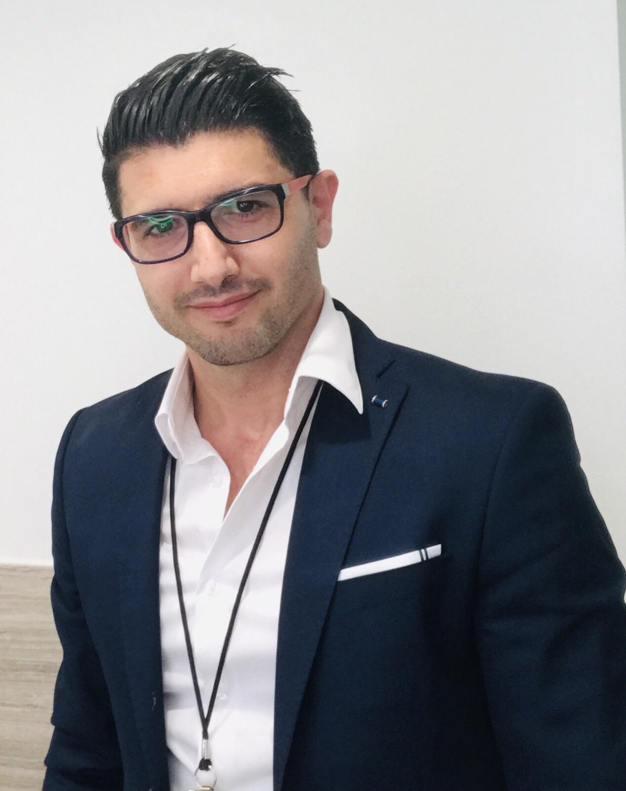 """ד""""ר מאדי אל חאג' מומחה בכירורגיה של היד, מומחה בכירורגיה אורתופדית"""