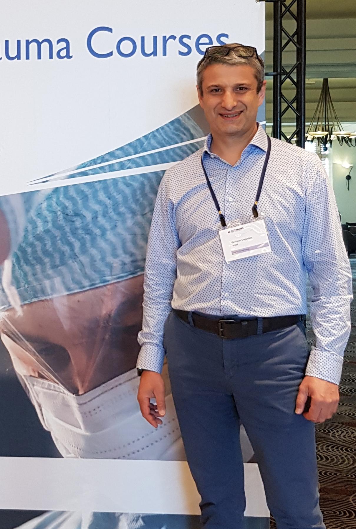 """ד""""ר ולדיסלב אוגורצין מומחה בכירורגיה אורתופדית"""