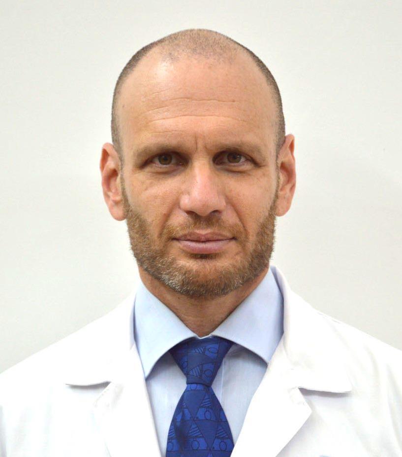 """ד""""ר אופיר אורי מומחה בכירורגיה אורתופדית"""