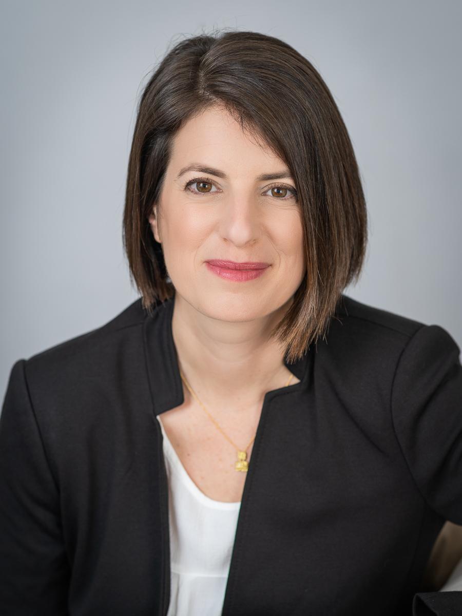 """ד""""ר סיון אלישיב מומחית במחלות עיניים"""