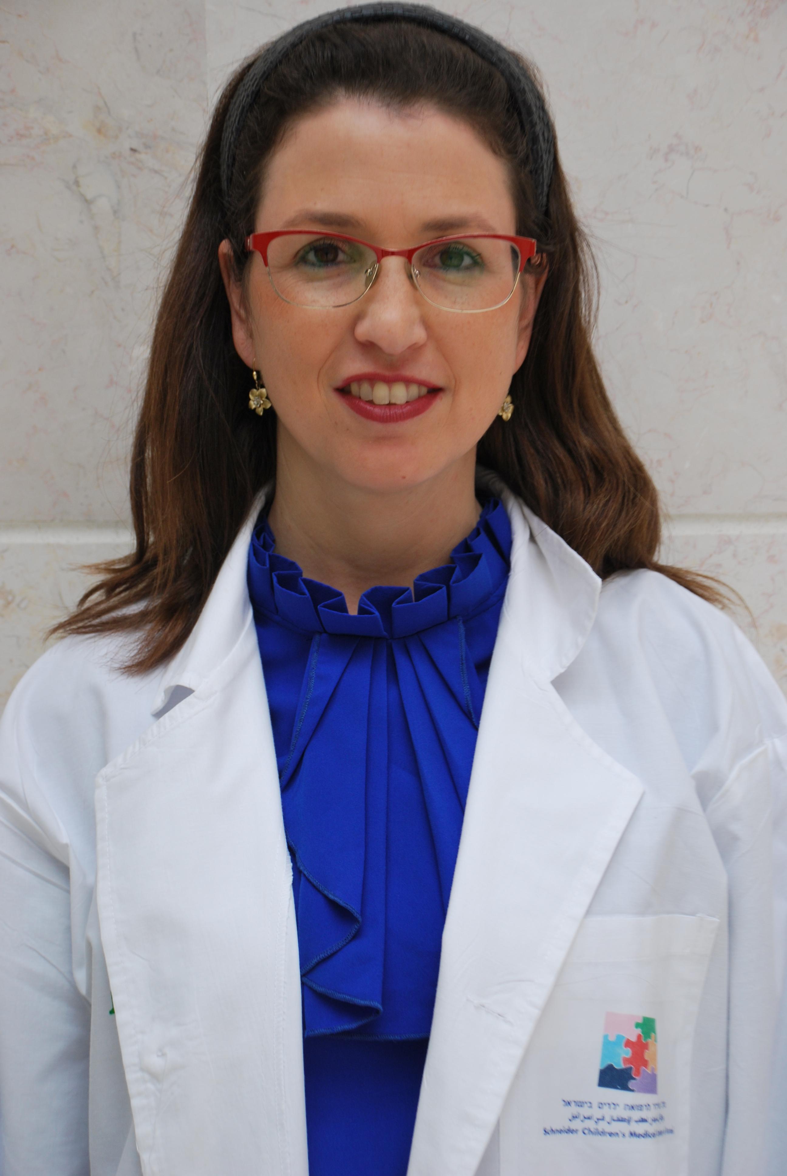 """ד""""ר מרים ארנברג מומחית במחלות עיניים"""