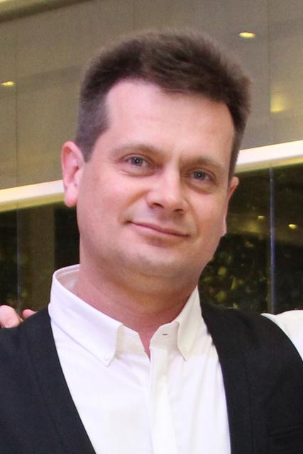 """ד""""ר אולג בוריסוב מומחה בכירורגיה אורתופדית"""