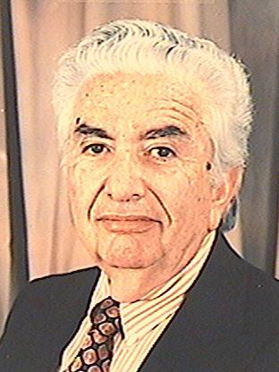 פרופ. תיאו-דב גולן מומחה במינהל רפואי, מומחה באימונולוגיה ואלרגולוגיה, מומחה ברפואה פנימית