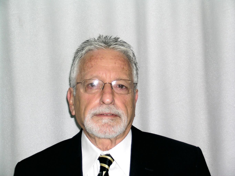 פרופ. יואל אנגל מומחה בכירורגיה של היד, מומחה בכירורגיה אורתופדית