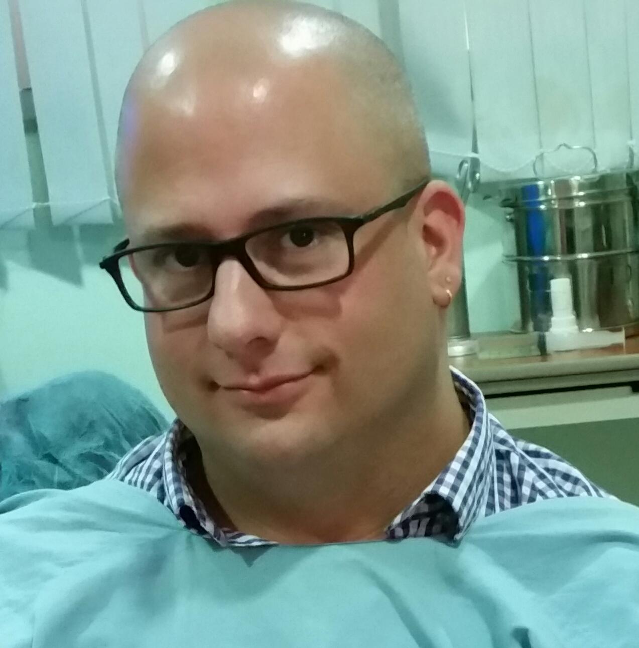 """ד""""ר שאול שר מומחה במחלות עיניים"""