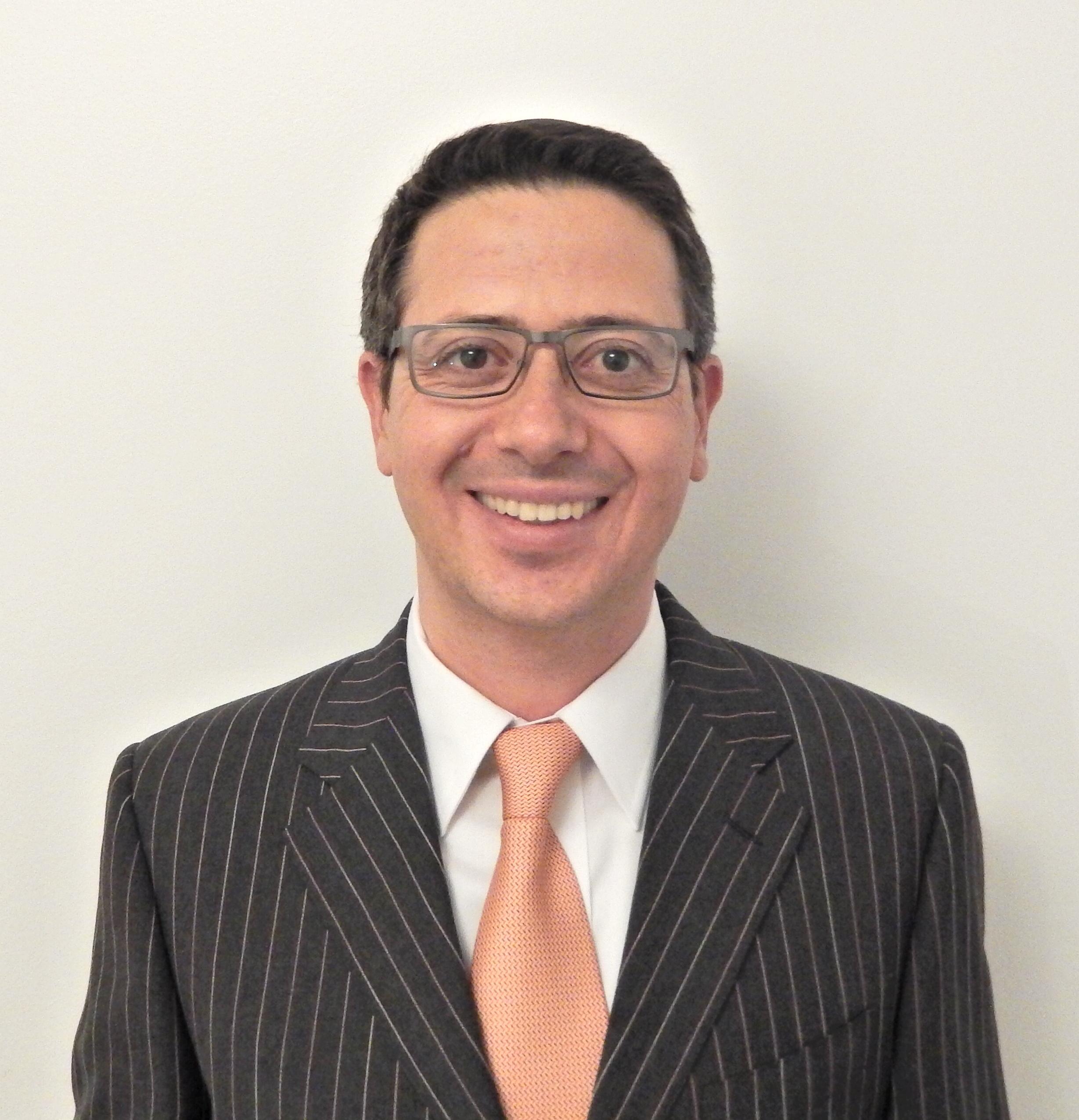 """ד""""ר אורי אלבז מומחה במחלות עיניים"""