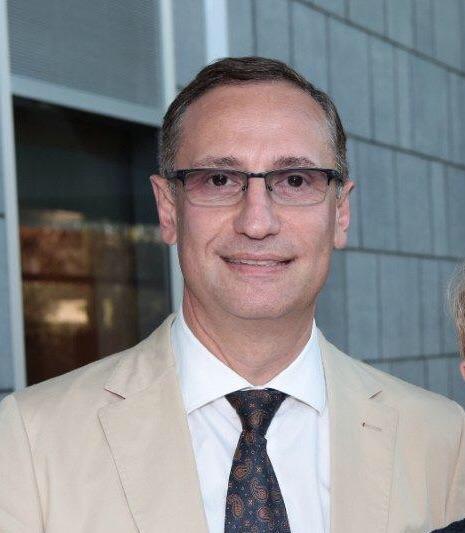 """ד""""ר ואדים בנקוביץ מומחה בכירורגיה אורתופדית"""