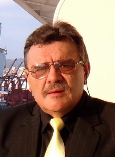 """ד""""ר יורי סיניב מומחה בכירורגיה אורתופדית"""